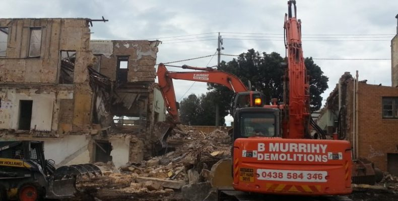 the-criterion-hotel-warrnambool-murrihy-demolition-14